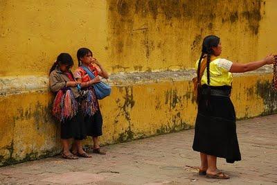 Indígenas desplazadas en Bogotá
