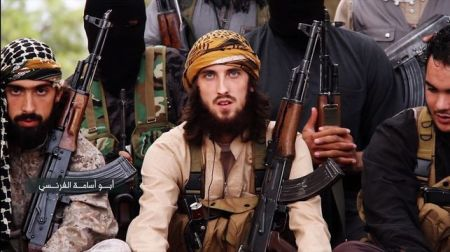 Militantes de ISIS en un vídeo difundido por esa organización
